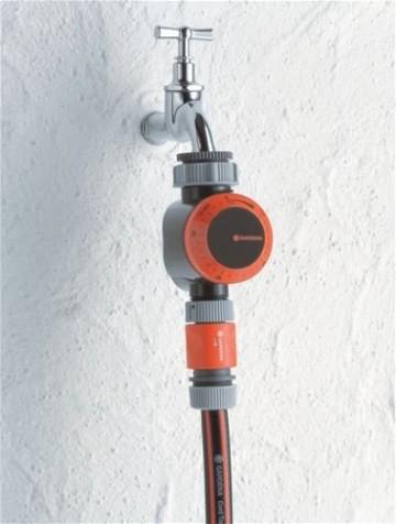 Gardena 1169-20 Bewässerungsuhr, automatisch, Drehknopf, Flexible Bewässerungsdauer (Betriebsdruck : 0,5 bis 12 bar, Für Hähne: 26,5mm (G 3/4) oder 33,3mm (G1), Bewässerungsdauer: 0h5 min - 2h0 min) -