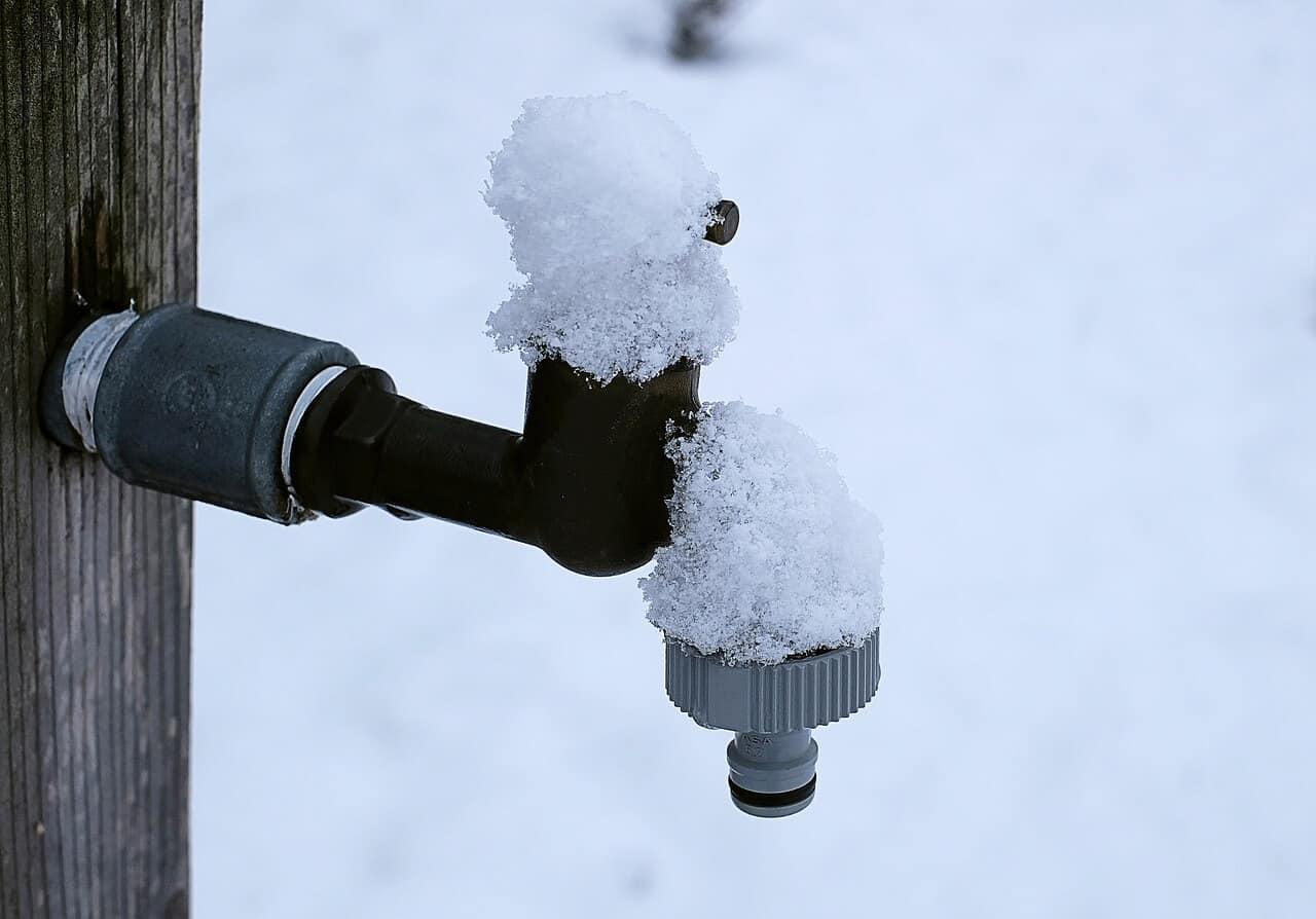 Gartenpumpe winterfest machen