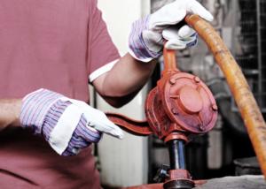 Handpumpe Öl